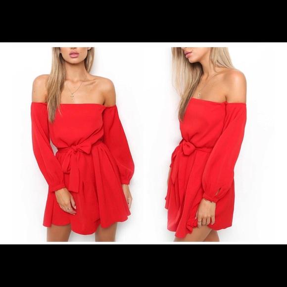 dd52709044ab Off Shoulder Long Sleeve Beach Dress - Red